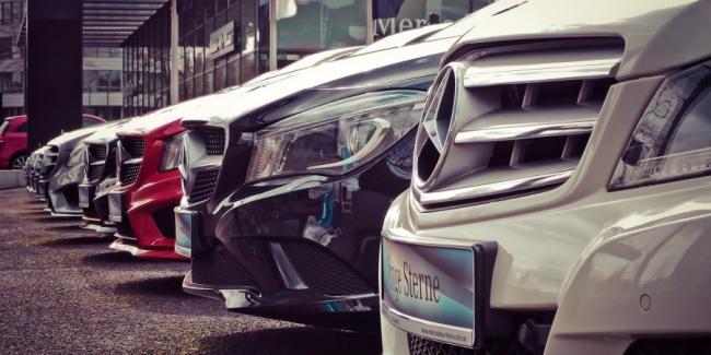 Mercedes-Benz проиграла патентный спор Nokia и может столкнуться с запретом на продажу машин в Германии