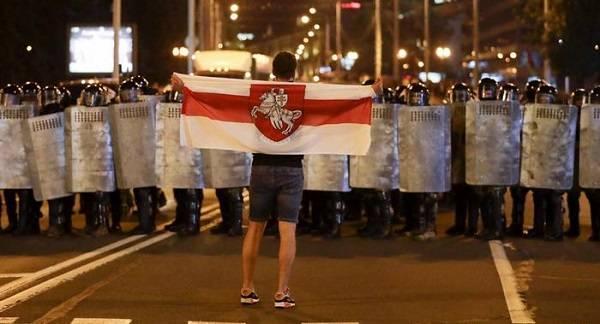"""""""Не заигрались ли вы в революцию?"""" В МВД Беларуси раскритиковали протестные митинги"""