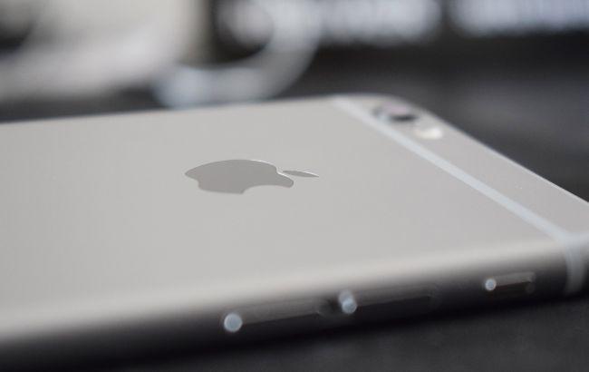 Apple представит новый iPhone не раньше октября