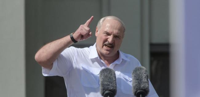"""Лукашенко внезапно уволил главу КГБ и поставил на его место """"главного по репрессиям"""""""