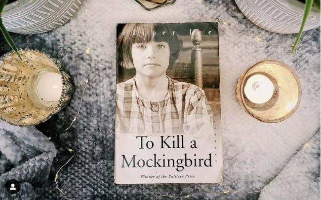 «Убить пересмешника» стала самой популярной книгой для фотографий в Инстаграме