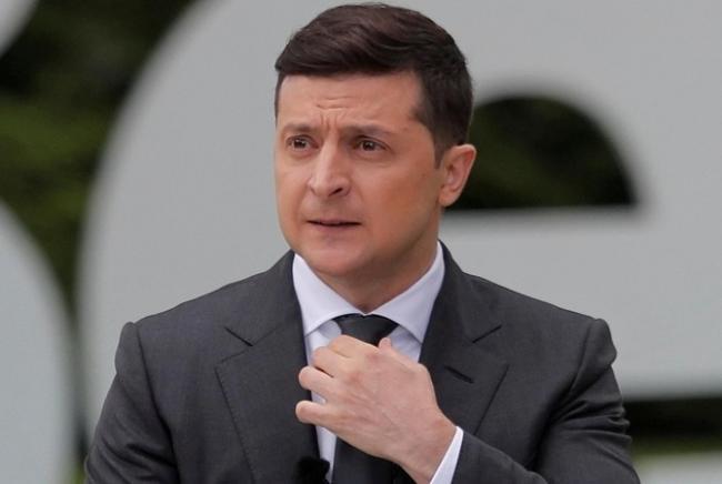 Зеленский ответил на петицию об отставке из-за несвоевременного декларирования