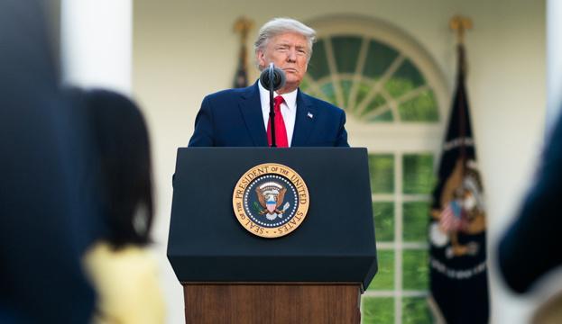 Трамп готов стать донором плазмы крови для больных COVID-19