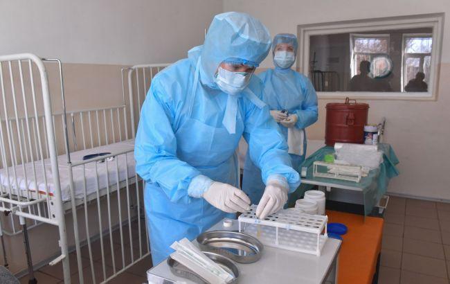 В Киеве и восьми областях больничные койки заполнены более чем на 70%