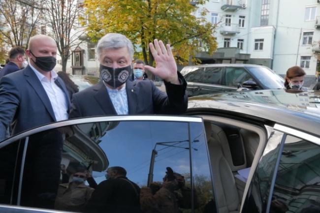Порошенко считает, что Зеленский идет по стопам Януковича