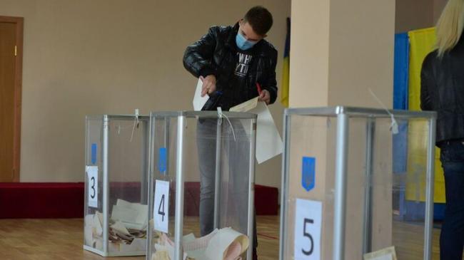 Минздрав ожидает рост заболеваемости коронавирусом, но не из-за выборов