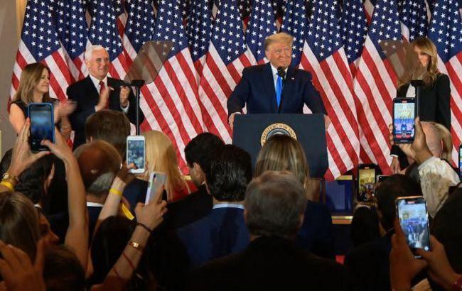 Трамп заявил, что у него пытаются украсть голоса