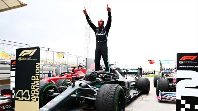 """""""Формула-1"""": Льюис Хэмилтон повторил рекорд великого Михаэля Шумахера"""
