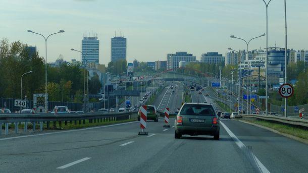 Сколько будет стоить проезд по платным дорогам: Кабмин Украины принял решение