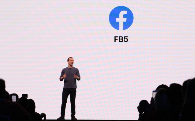Власти США через суд потребовали от Facebook отказаться от Instagram и WhatsApp