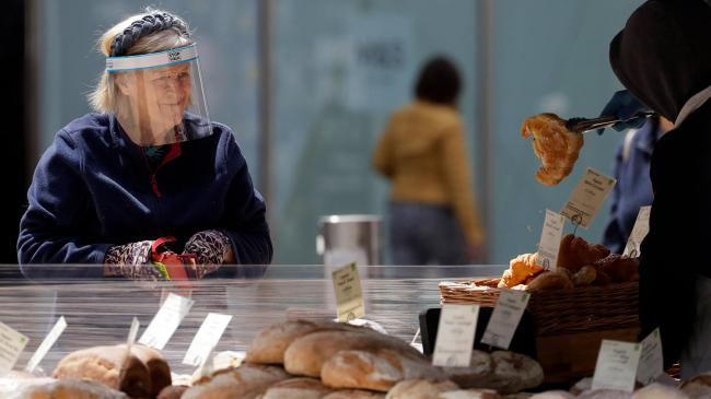 Из-за дефицита на фоне Brexit: в Британии призвали магазины запастись продуктами
