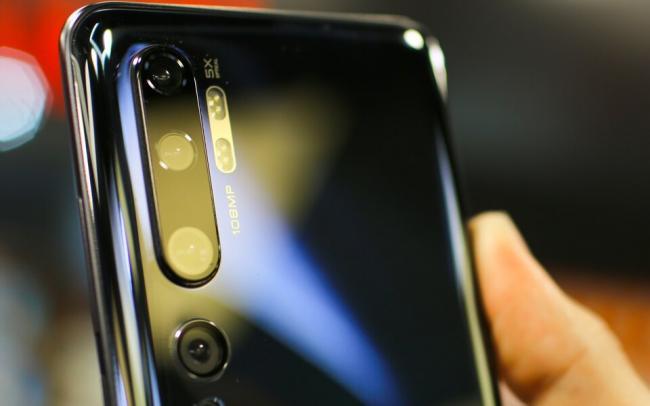 США внесли Xiaomi в черный список, запретив американцам инвестировать в компанию