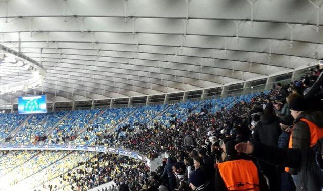 В Украине разрешили посещать футбольные матчи