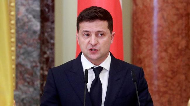 Почти 60% украинцев не доверяют Владимиру Зеленскому: опрос