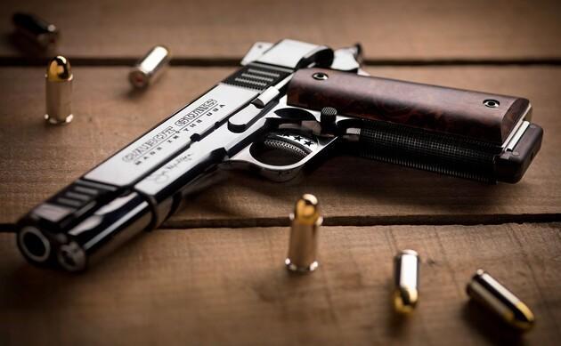 В Украине расформировали все подразделения контроля за оборотом оружия