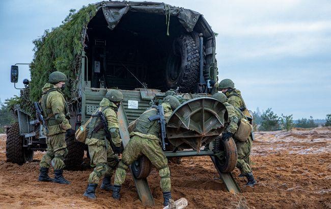 Россия продолжает поставлять боевикам на Донбассе оружие и военную технику
