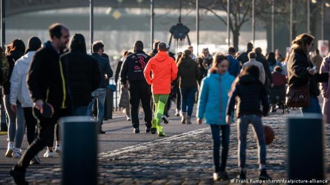 Германию накрыла третья волна коронавируса