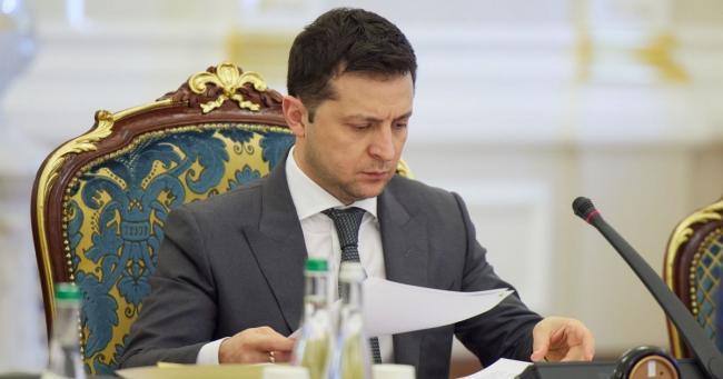 Зеленский внес в Верховную Раду законопроект о выплате по 8 тыс. помощи из-за локдауна