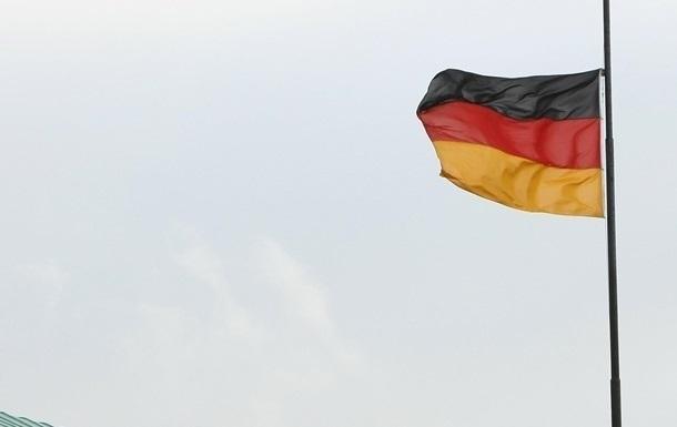 Берлин: Вопрос вступления Украины в НАТО на данный момент не стоит