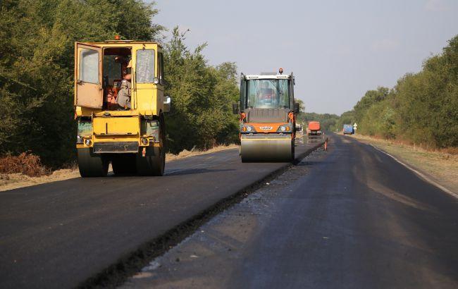 """В """"Укравтодоре"""" заявили, что построят в 2021 больше качественных дорог за меньшую цену"""