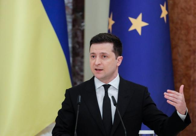 Зеленский проведет с Меркель и Макроном переговоры по Донбассу