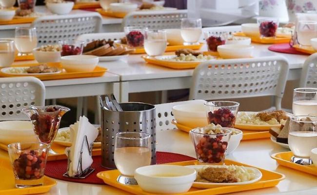 С 1 сентября  в украинских школах начнут действовать новые нормы питания