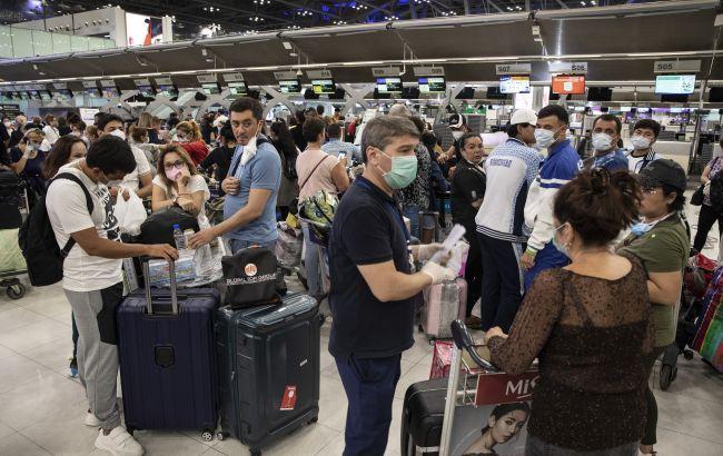 Еврокомиссия рекомендовала ЕС разрешить въезд вакцинированным туристам