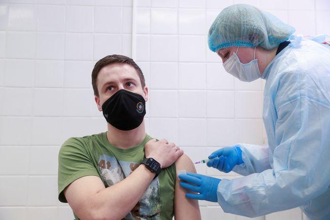 В 10 регионах Украины за сутки не сделали ни одной прививки от коронавируса