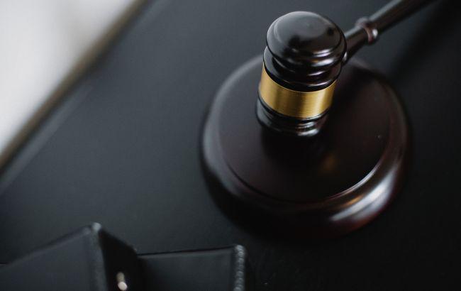 Экс-главу КСУ будут судить за подкуп свидетеля
