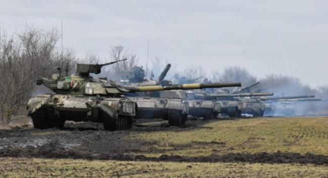 Россия понемногу отводит свои войска от границы с Украиной
