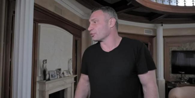 """Обыски у Кличко: в """"Слуге народа"""" не увидели политического давления на мэра"""