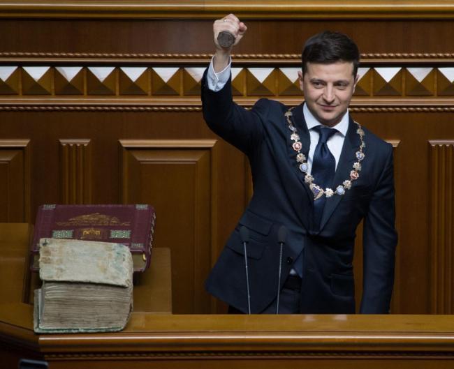 Владимир Зеленский стал собственником ещё 16 торговых марок