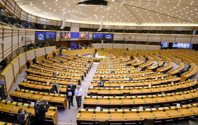 Европарламент призвал отключить Беларусь от SWIFT и запретить участвовать в Олимпиаде