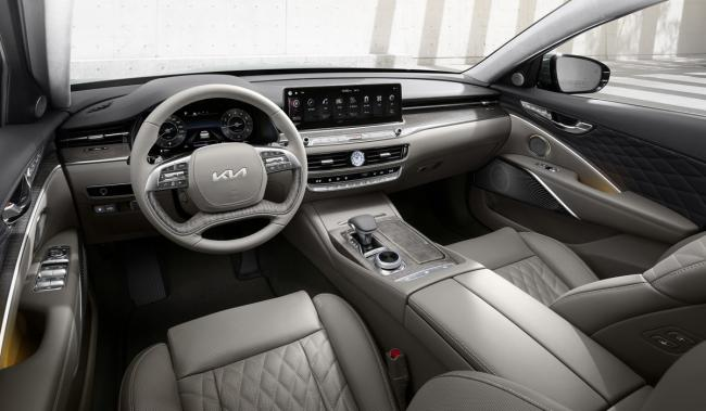 Представлен новый большой седан Kia K9 с управлением со смартфона (ФОТО)