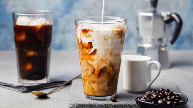 Названы самые вредные виды чая и кофе