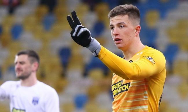 «Челси» и «Арсенал» интересуются молодым голкипером из Украины