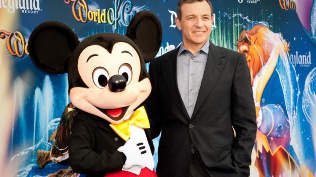Бывший руководитель Disney продал половину своих акций компании