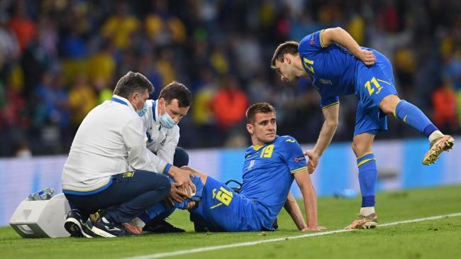 Нападающий сборной Украины Беседин избежал разрыва связок колена