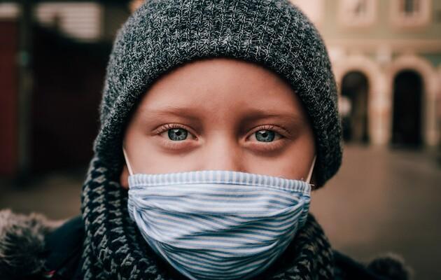 Украинцы будут жить с коронавирусом еще как минимум полтора года