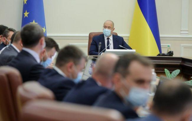 Кабмин выделит на повышение пенсий военным и полицейским 5,3 млрд гривен