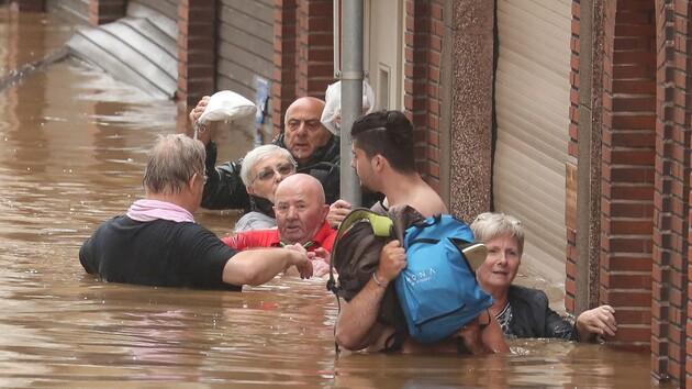 Разрушительные наводнения предупреждают об опасности глобального потепления — The Economist