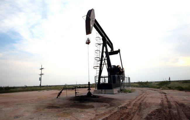 Нефть дешевеет на фоне распространения новых штаммов коронавируса