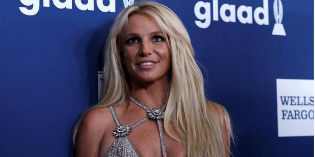 Бритни Спирс заявила, что не будет выступать, пока отец продолжает контролировать ее карьеру