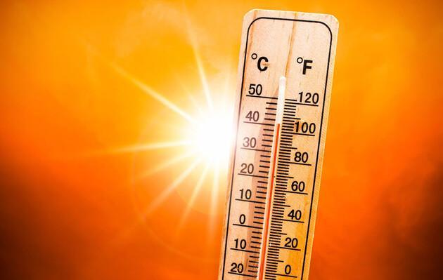 На Сицилии температура поднялась почти до 49 градусов Цельсия