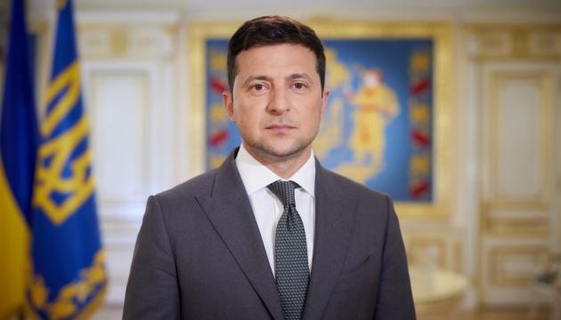 Вопрос Крымскотатарской автономии надо согласовывать с коренным населением - Зеленский
