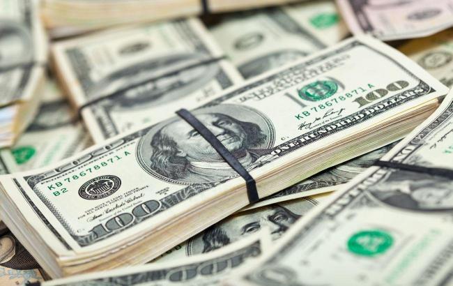НБУ снизил официальный курс доллара до минимума с июля 2020 года