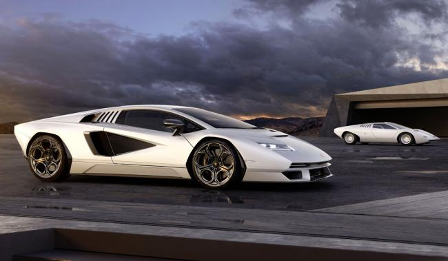 Lamborghini возродила легендарный суперкар Countach (ФОТО)