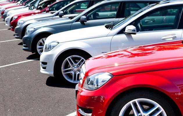 Продажи б/у автомобилей в Украине выросли почти на 60%