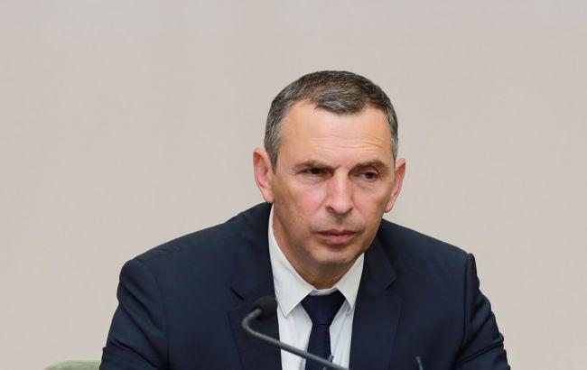 Под Киевом обстреляли машину первого помощника президента Украины
