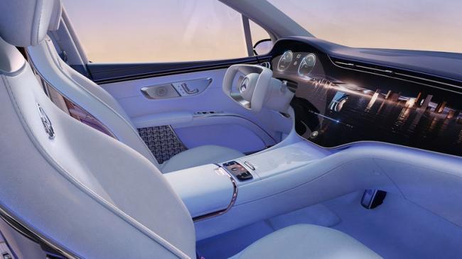 Первый электромобиль Maybach оказался кроссовером (ФОТО)